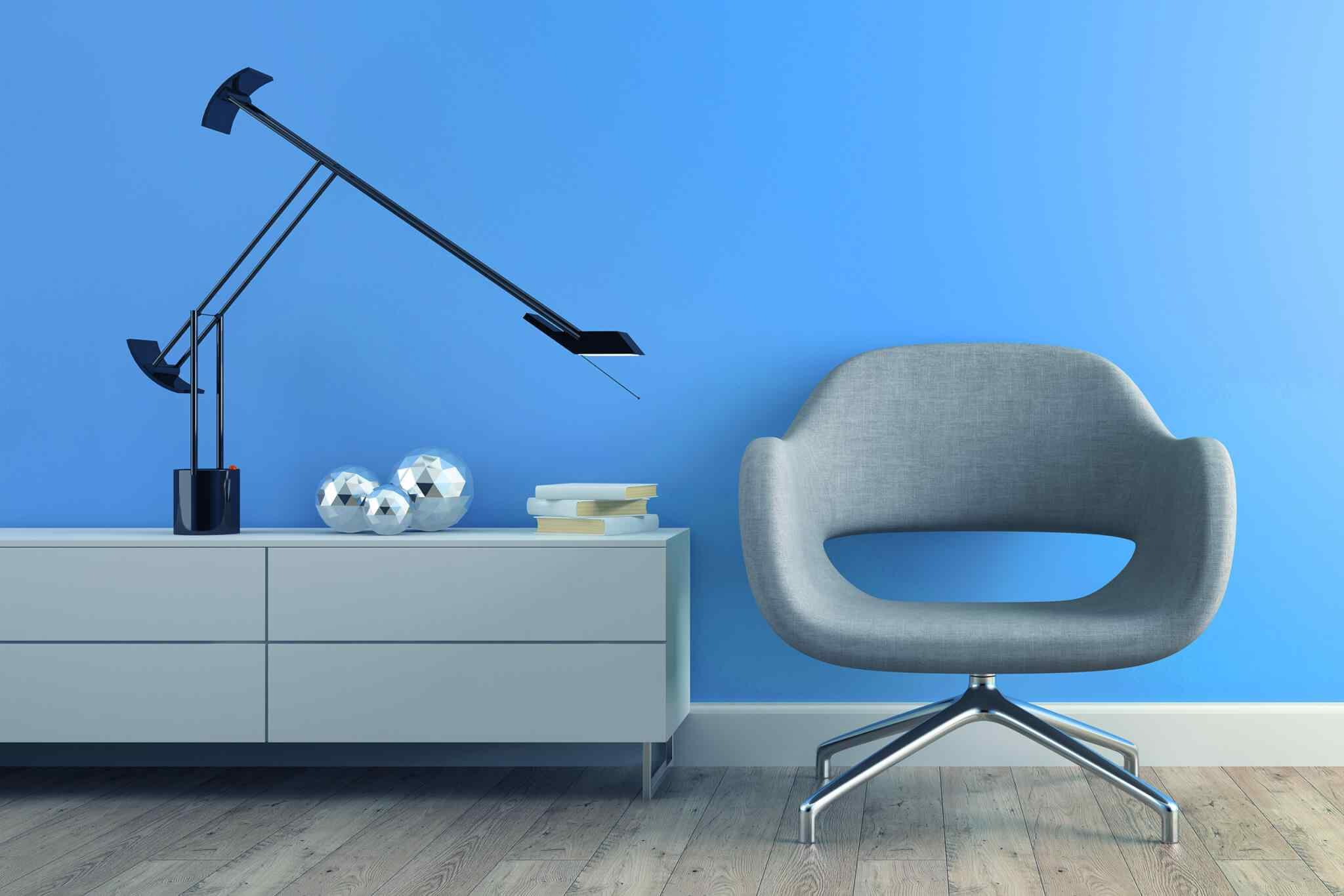 https://wudbell.com/wp-content/uploads/2020/08/image-chair-blue-wall.jpg